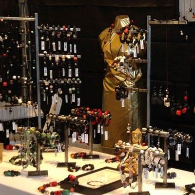 Udstillinger - kunsthaandvaerkermarkeder - se hvor BY DENGSO udstiller smykker