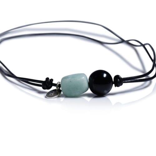 Turkis/Sort minimalistisk halskaede - laedersnor med amazonit