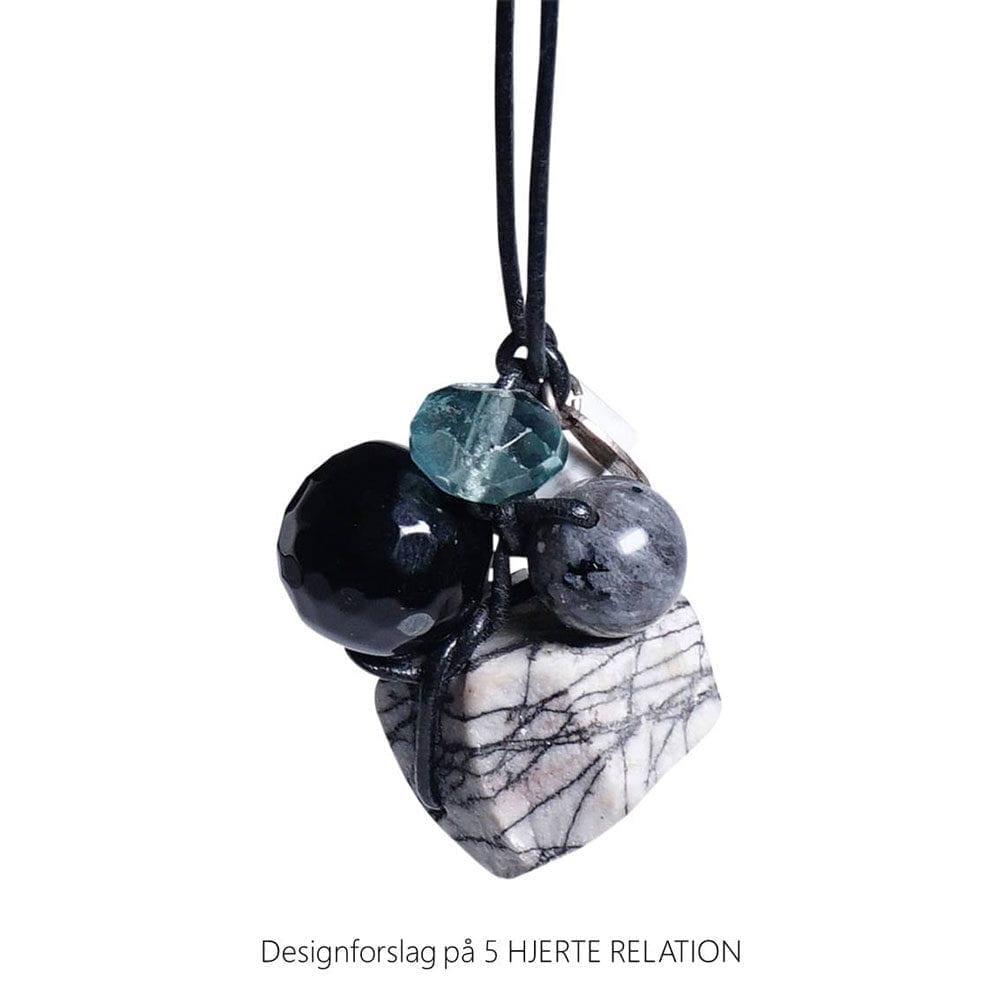 Personligt design halskaede LOVE RELATION 5 HJERTE RELATION aedelsten lava