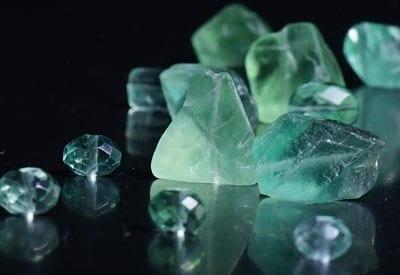Grøn fluorit sten og dens betydning