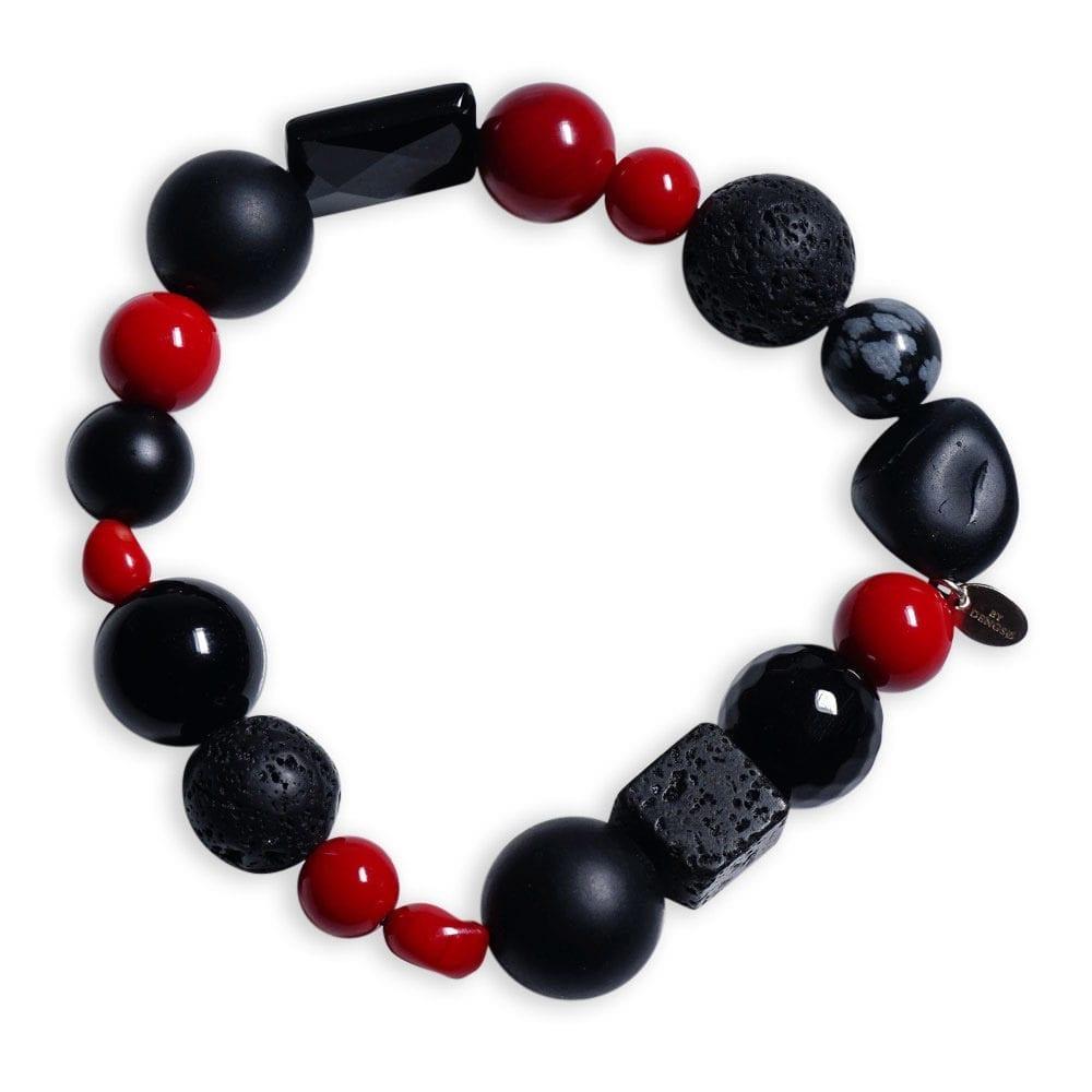 Armbånd med rød koral og sorte sten